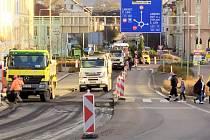 Oprava silnice v Děčíně.