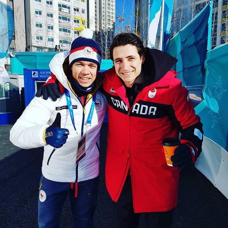 MICHAL ČEŠKA, děčínský rodák, se chystá společně s Cortney Mansour na olympijský závod.