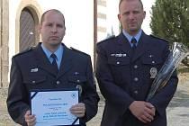 O svém hrdinském činu tenkrát ale mlčeli, vedení severočeské policie se o něm dozvědělo až z děkovného dopisu od obyvatel Habartic.