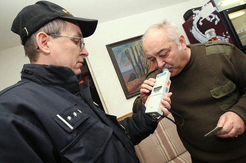 Lovecká sezóna je v plném proudu a tak policisté mají o práci postaráno