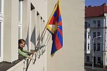 Děčín i letos vyvěsil vlajku na podporu Tibetu.