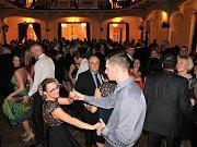Fanoušci BK Děčín si užili ples ve stylu Jamese Bonda