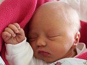 Laura Macháčková se narodila Miroslavě Šedivé a Janu Macháčkovi z Rumburku 6. února. Měřila 47 cm a vážila 2,99 kg.