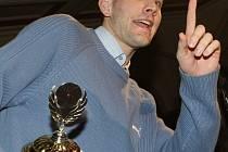 Na pomyslný trůn určený pro krále sportovců děčínského regionu za rok 2007 usedl basketbalista BK Děčín Jakub Houška
