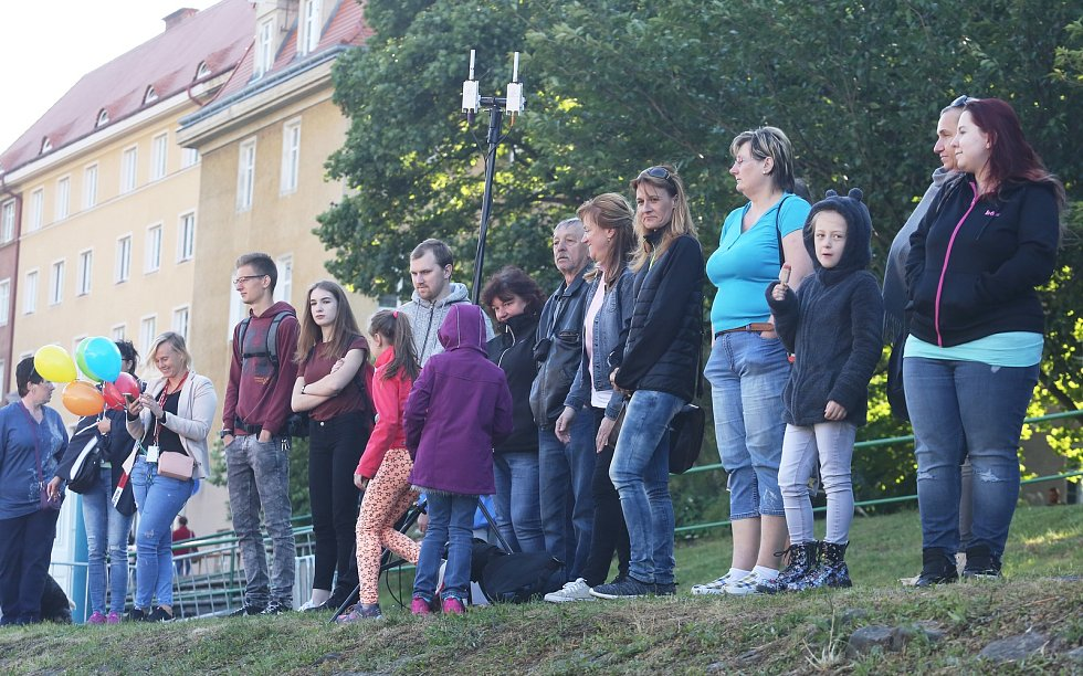 V Děčíně proběhlo ve středu 7. června 2017 živé vysílání Snídaně s Novou.