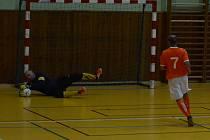 VETERÁNI mají za sebou druhý turnaj, který se odehrál v Libouchci.