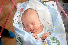 Lucii Erbenové z Kamenického Šenova se 19. července v děčínské porodnici narodil syn Matyáš Čapek. Měřil 49 centimetrů a vážil 3,06 kg.