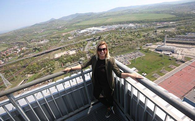 V pátek byla slavnostně otevřena vyhlídková terasa na budově elektrárny v Ledvicích.