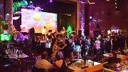 V Krásné Lípě si užili 27. reprezentační ples.