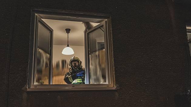 Ve Varnsdorfu unikal oxid uhelnatý. Evakuovaní našli útočiště v autobusu