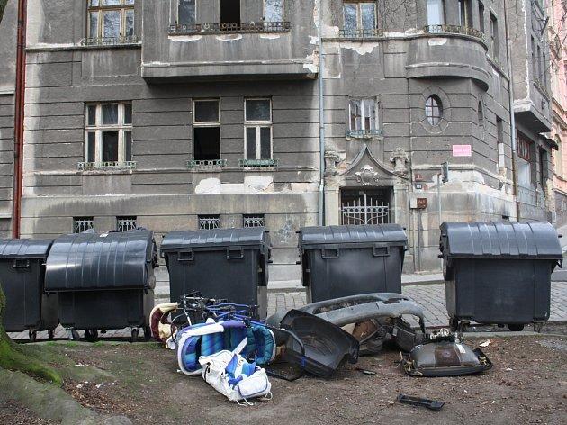 Desítky bytů v Děčíně zdědil po dvou letech syn problémového majitele domů.