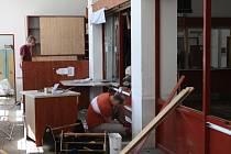 Podmokelskou poštu poničila červnová povodeň, kvůli které bude dlouhé měsíce uzavřená.