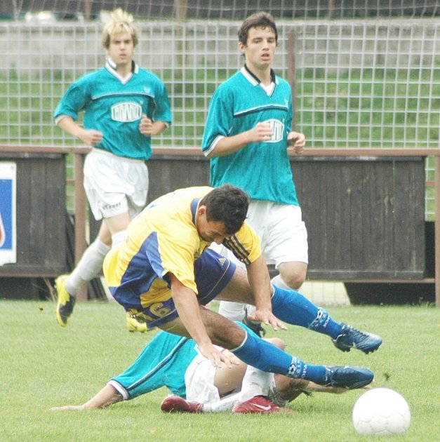 Divizní utkání starších dorostenců Junioru děčín s Neratovicemi.