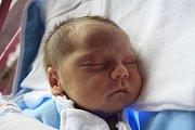 Lucinka Zíková se narodila Petře Zíkové z Děčína 21. listopadu ve 2.45 v děčínské porodnici. Měřila 50 cm a vážila 3 kg.