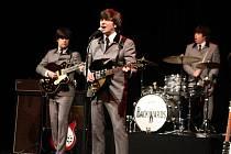 Beatles revival The Backwards rozpumpovali děčínské divadlo.