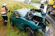 Osobní auto se srazilo s kamionem v Rumburku.