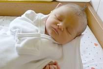 Mamince Gabriele Dudové z Děčína se 11.září v 11.26 narodil v děčínské nemocnici syn Sebastián Kalas. Měřil 49 cm a vážil 3,18 kg.