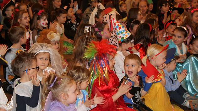 Dětský zámecký karneval v Děčíně