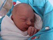 Adámek Koštíř se narodil Tereze Koštířové z Děčína 5. října v 16.43 v děčínské porodnici. Vážil 3,4 kg.