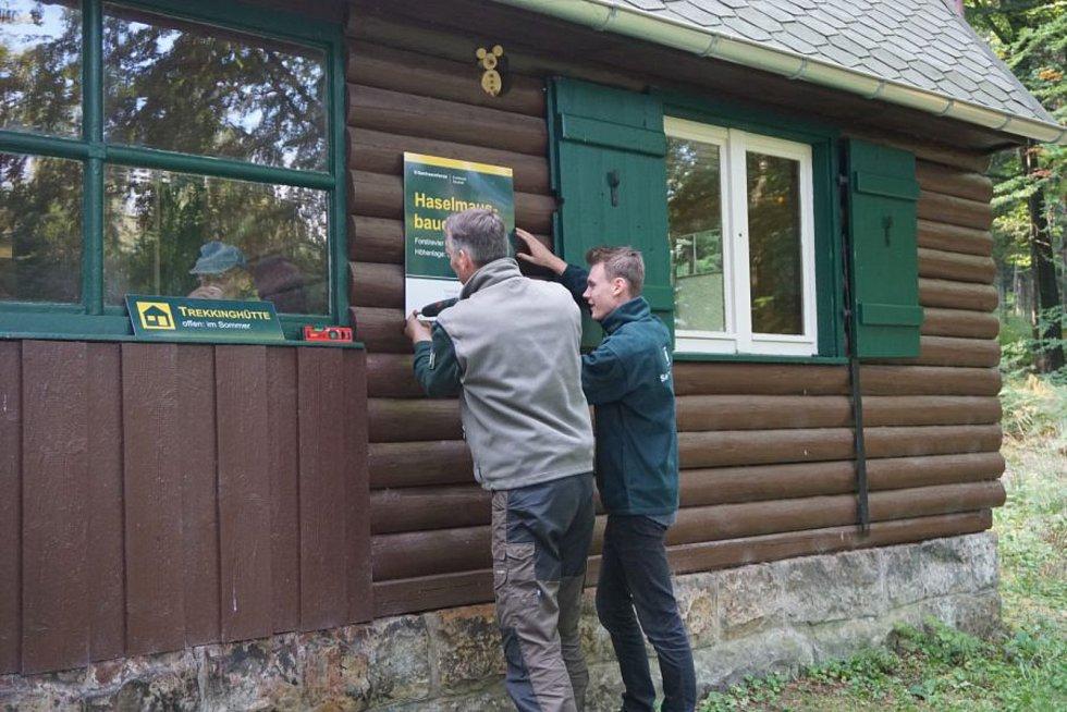 Na nové stezce najdou turisté zastavení v podobě trekových chat.