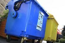 Takové kontejnery by měly z Děčína postupně zmizet