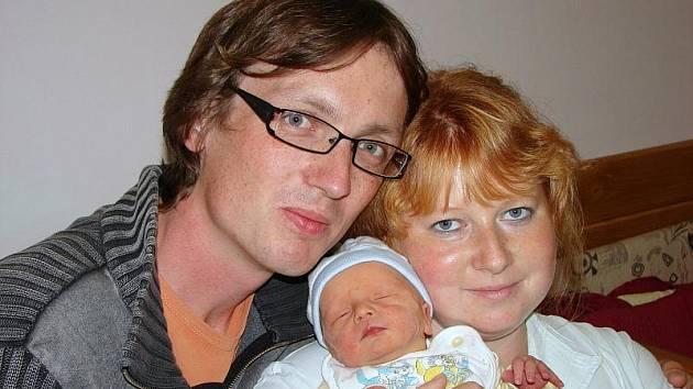 Monice Kerblové z Lobendavy se 3.září v 9.30 v rumburské porodnici narodil syn Štěpán. Měřil 47 cm a vážil 2,91 kg.
