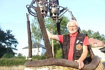 Pilot balónů Vladimír Lacina.