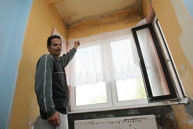 Zdevastovaný dům v Rumburku.