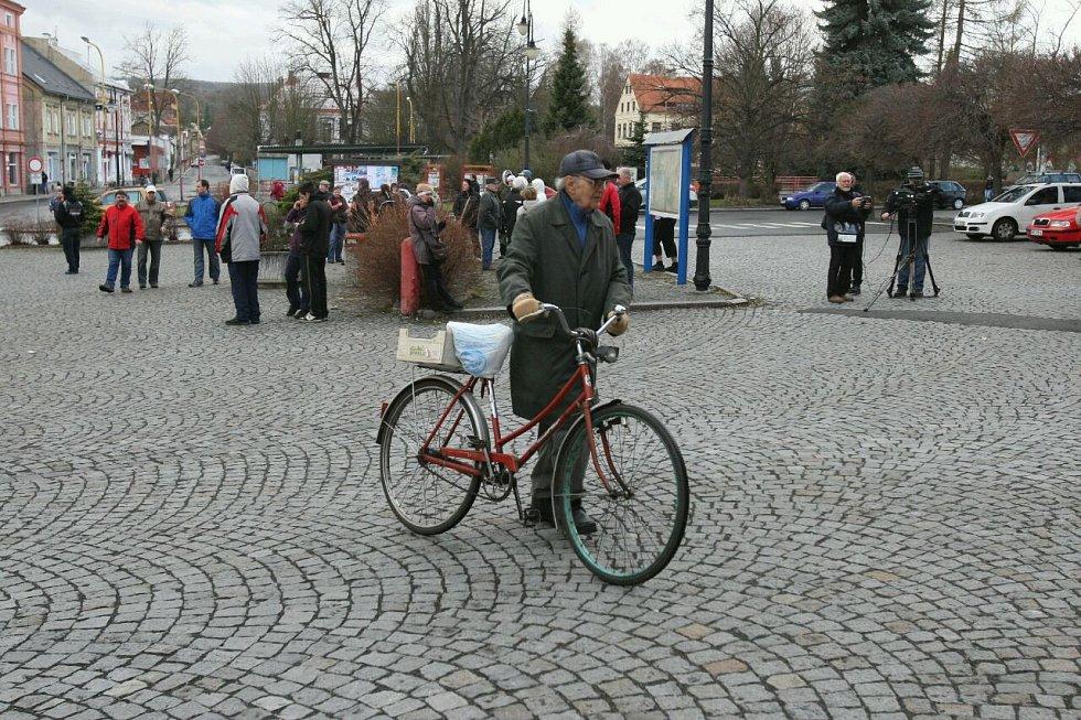 Demonstrace ve Varnsdorfu 31. března 2012.