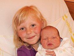 Janě Jandusové z Mikulášovic se 15. května v 11.05 v rumburské porodnici narodil syn Jan Jandus. Měřil 53 cm a vážil 3,78 kg.