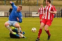 VILÉMOV (modré dresy) doma porazil Štětí 1:0.