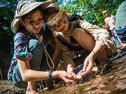 Četné westernové tábory se stanou dějištěm divokých dobrodružství