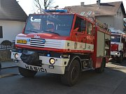 Vrchlického ulice v Děčíně nebyla v době zásahu hasičů průjezdná.