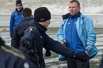 FOTBALISTÉ VARNSDORFU zahájili zimní přípravu. Vedl je nový trenér Roman Veselý.