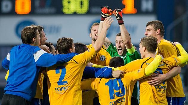 BUDOU SE fotbalisté Varnsdorfu radovat i v domácím utkání proti Třinci?