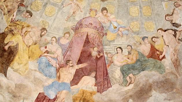 Na zámku v Děčíně postupně restaurují téměř 300 let starou barokní fresku v pavilonu v jižních zahradách.