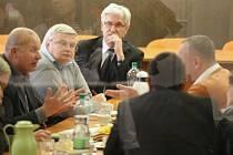 ČSSD odkopla komunisty, v krajské radě usedne asi s ODS