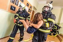 Výcvik hasičů na ZŠ Dolní Poustevna