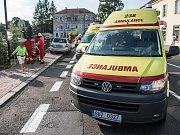 Srážka dvou vozů v Národní ulici ve Varnsdorfu