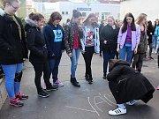Demonstrace proběhla i před Střední zdravotnickou školou v Děčíně.