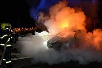 Požár auta v Rumburku.