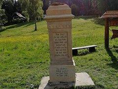 Škoda na památce je přibližně 20 tisíc korun.