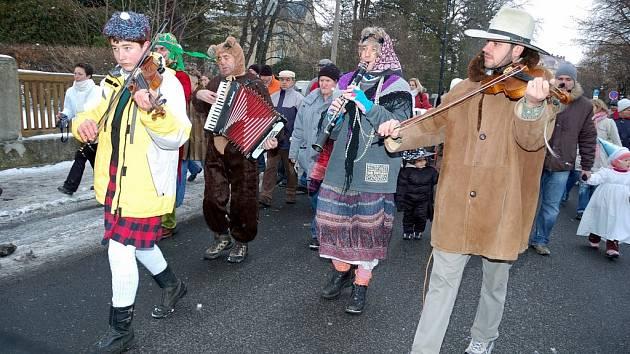Varnsdorfu vládly masopustní masky