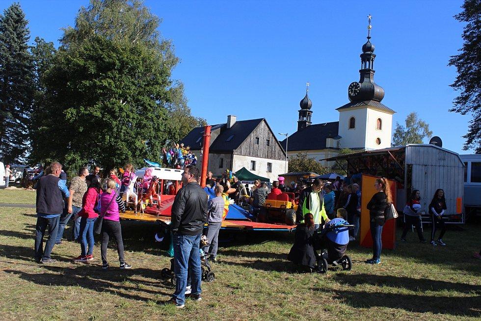 Svatováclavská pout v Malé Bukovině.