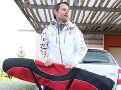 UŽ JE TO ROK, co dnes již bývalý skikrosař Tomáš Kraus sekl s aktivní kariérou. Lyže už si na závod nezabalí.