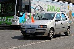 Vážná dopravní nehoda v Obloukové ulici v Děčíně.