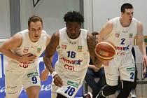 Fotografie ze zápasu děčínských basketbalistů