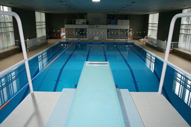 Opravený bazén vRumburku.