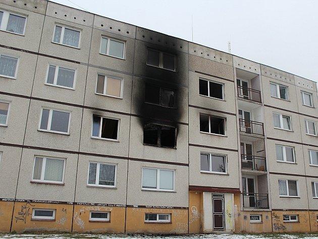 Požár paneláku v Děčíně - Boleticích.