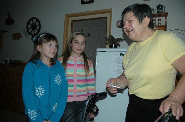 Přání předali seniorům